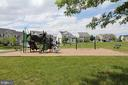 Community playground - 17352 TEDLER CIR, ROUND HILL