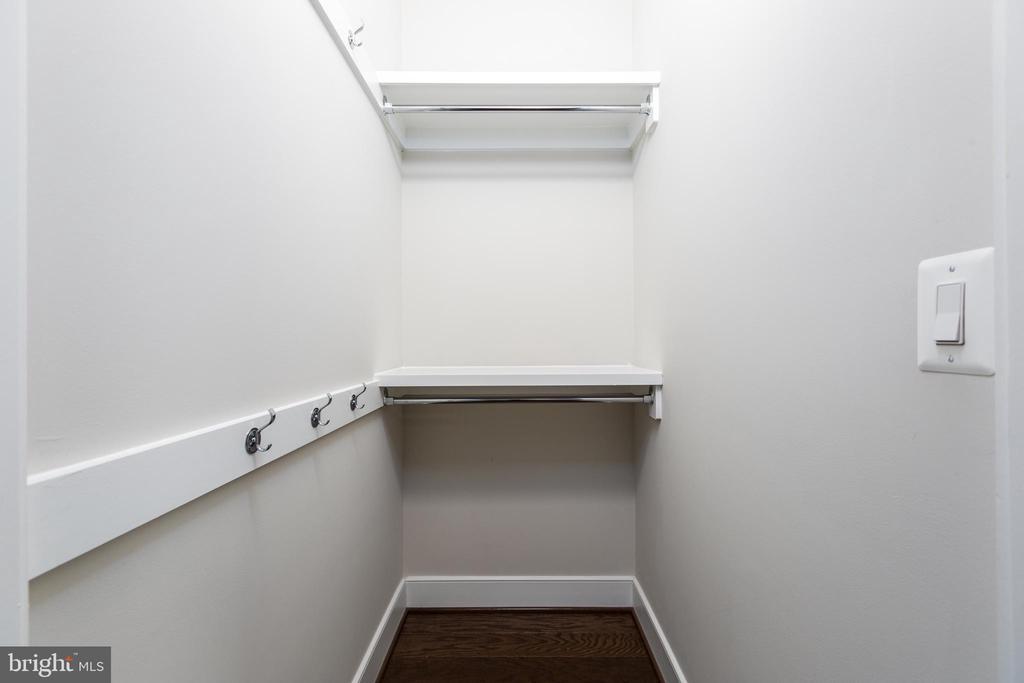 2nd bedroom closet - 1526 16TH CT N, ARLINGTON
