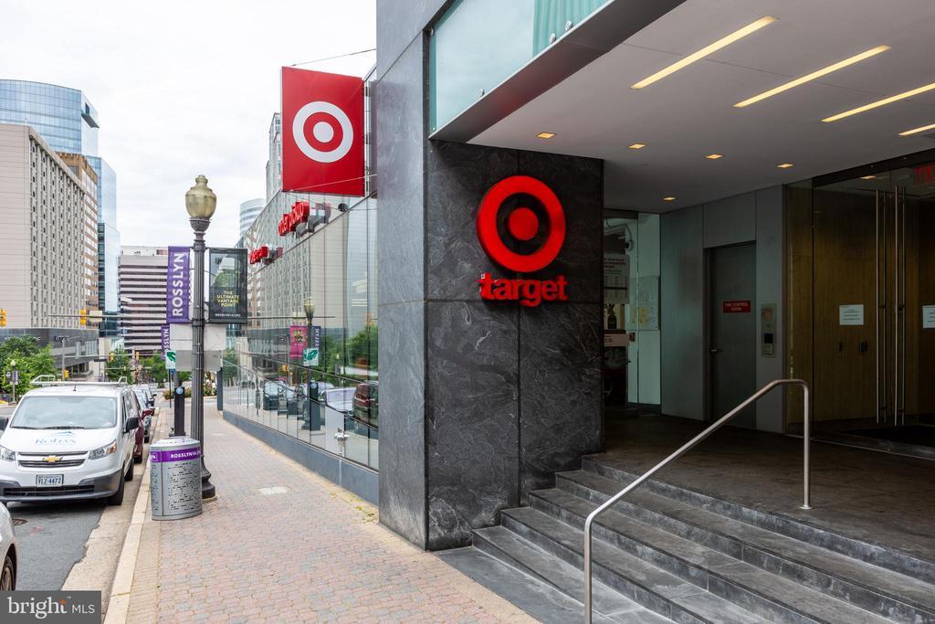 Walking distance to Target, 93 Walk Score - 1526 16TH CT N, ARLINGTON