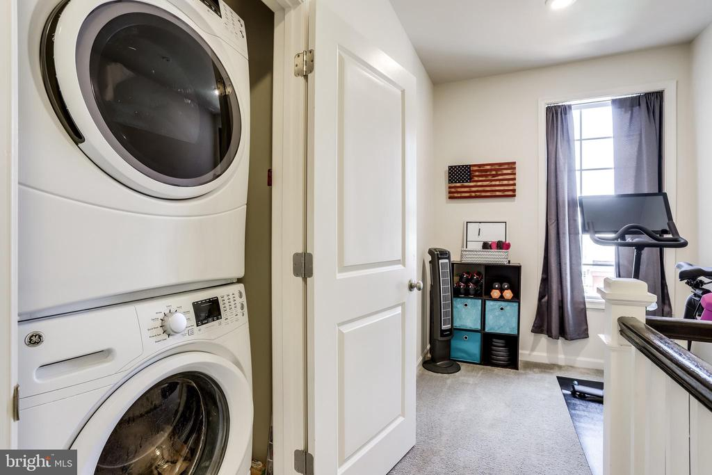Upper-Level Laundry - 23297 SOUTHDOWN MANOR TER #116, ASHBURN