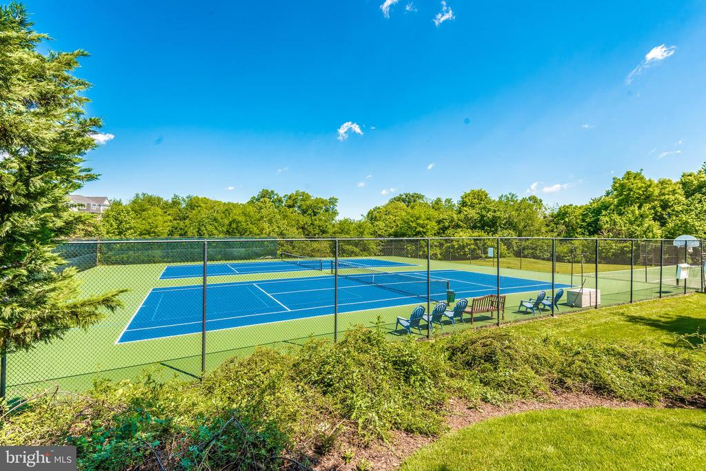 Community tennis courts. - 2689 MONOCACY FORD RD, FREDERICK