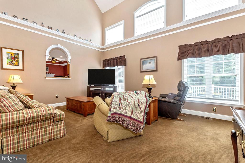 Grand two-story family room. - 2689 MONOCACY FORD RD, FREDERICK