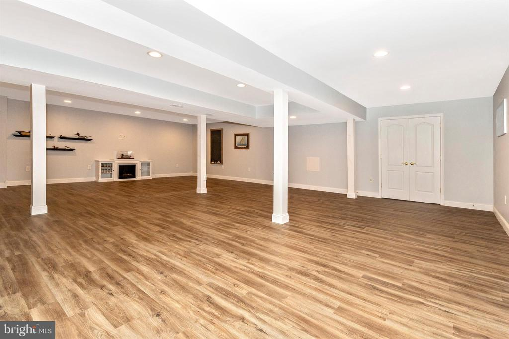 Amazing lower level rec room! Plenty of space! - 2689 MONOCACY FORD RD, FREDERICK