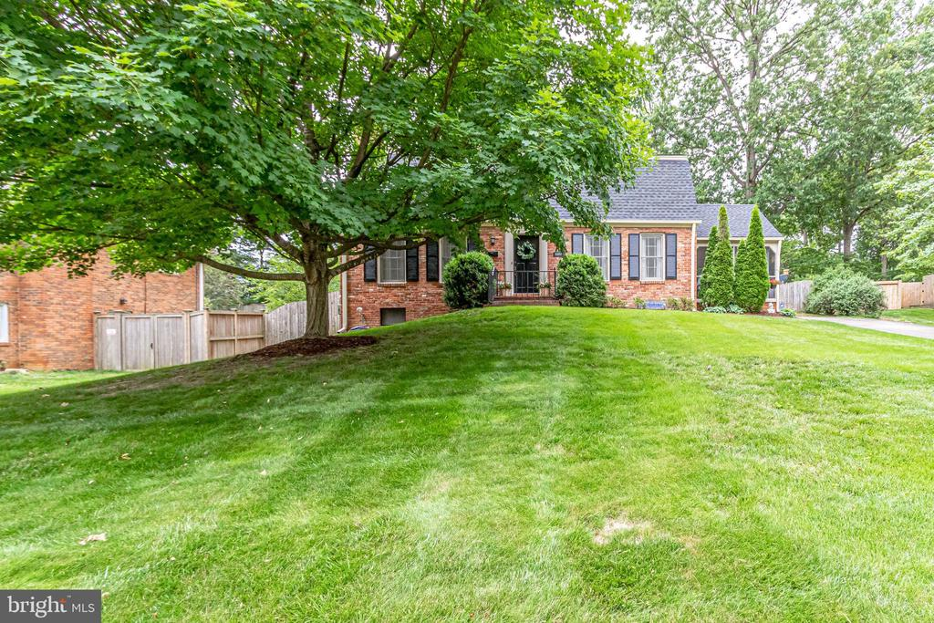 Welcome Home! - 5323 NEVILLE CT, ALEXANDRIA