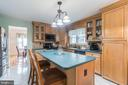 Gorgeous maple cabinets in kitchen - 22 BALLANTRAE CT, STAFFORD