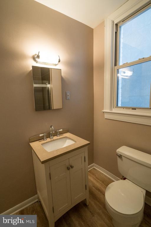 Bathroom - 1300 MASSACHUSETTS AVE NW #205, WASHINGTON