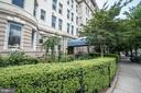 Front exterior garden and entry - 1300 MASSACHUSETTS AVE NW #205, WASHINGTON