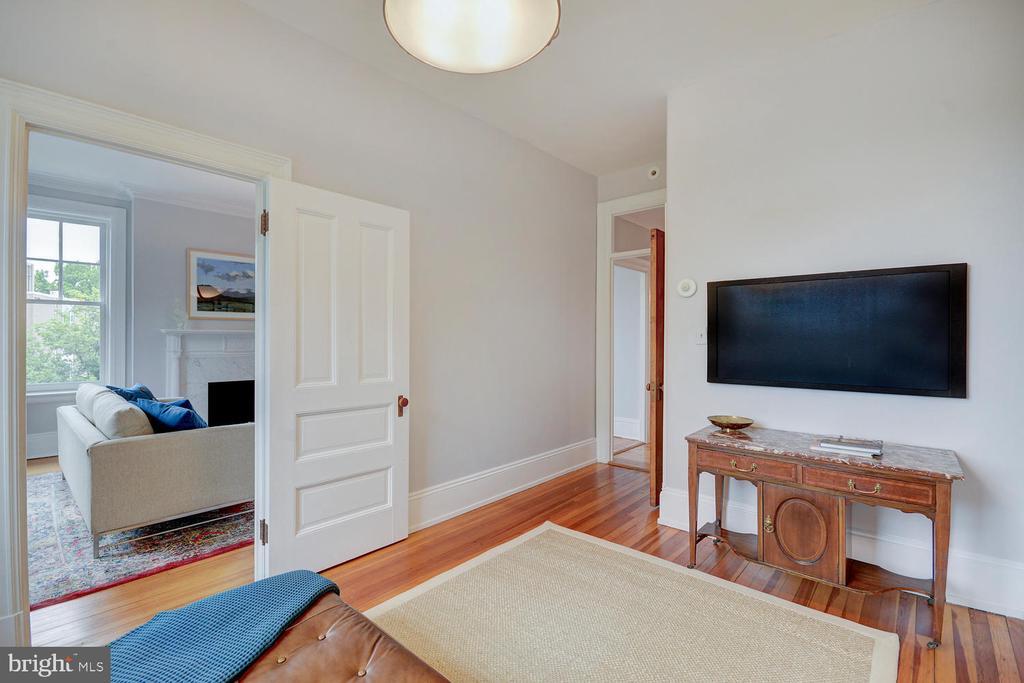 Fourth bedroom or den - 2853 ONTARIO RD NW #205, WASHINGTON
