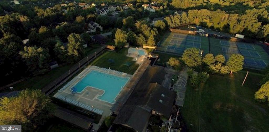 Lake Linganore | Beach - 11000 COUNTRY CLUB RD, NEW MARKET
