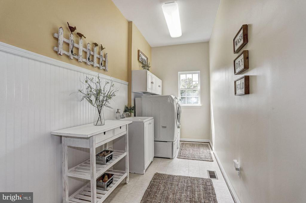 Main-Level Laundry Room - 11000 COUNTRY CLUB RD, NEW MARKET