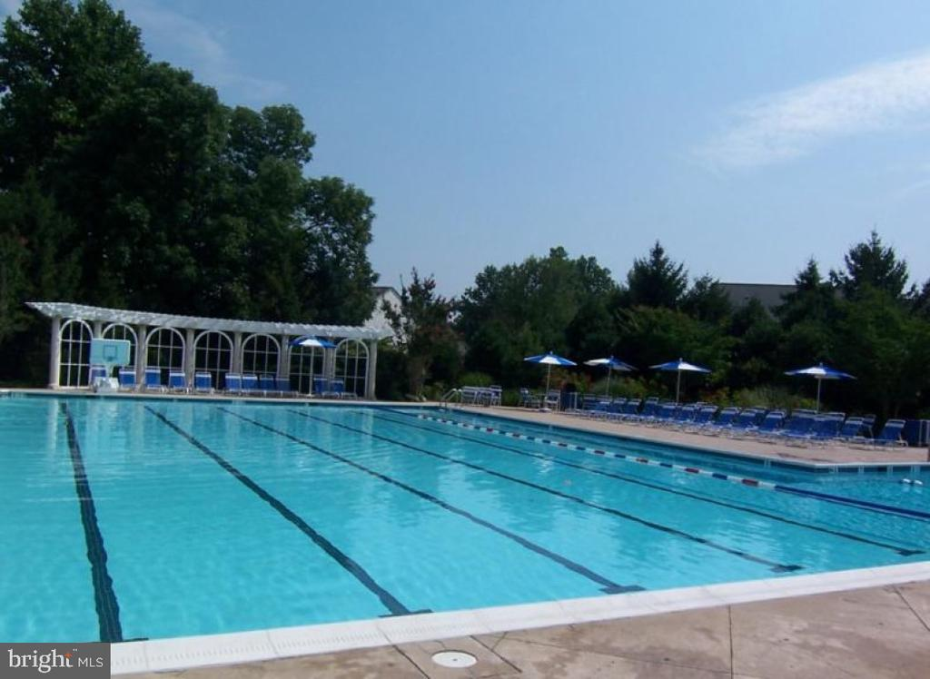 Barrington Pool - 9413 ENGLEFIELD CT, FAIRFAX STATION