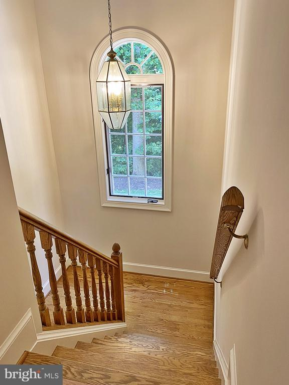 2nd Staircase to Au-Pair / In-Law Suite - 2993 WESTHURST LN, OAKTON