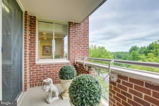 One of two balconies - 5809 NICHOLSON LN #409, NORTH BETHESDA