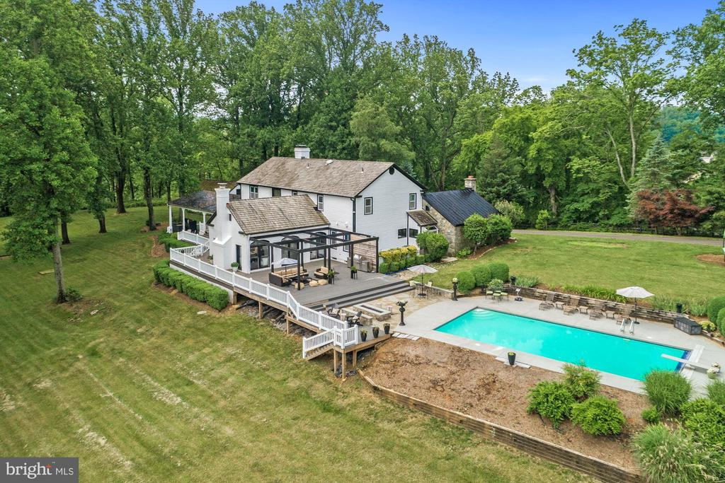 Heated pool - 16832 OLD WATERFORD RD, PAEONIAN SPRINGS