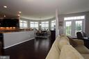 Sunroom off of kitchen with gorgeous views - 20999 HONEYCREEPER PL, LEESBURG