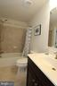 Lower level full bathroom - 20999 HONEYCREEPER PL, LEESBURG