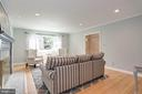 living room accommodates desk or piano - 3831 N ABINGDON ST, ARLINGTON