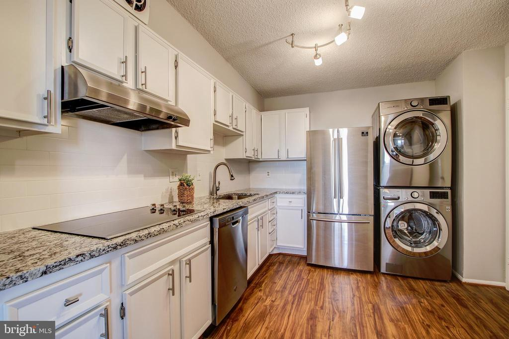 Kitchen - All Newer Stainless Steel Appliances! - 5902 MOUNT EAGLE DR #1406, ALEXANDRIA