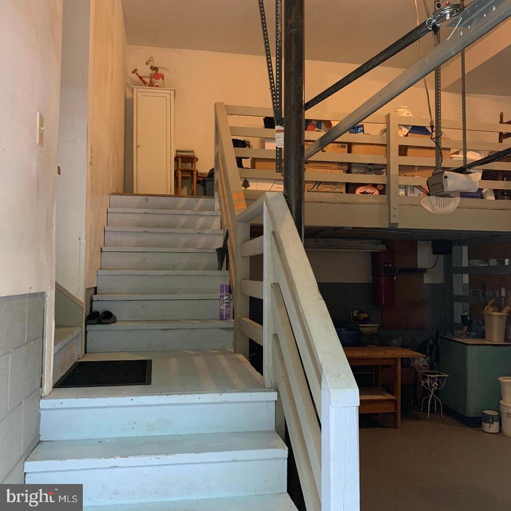 Garage - Storage ABOVE Garage! - 12210 GLADE DR, FREDERICKSBURG