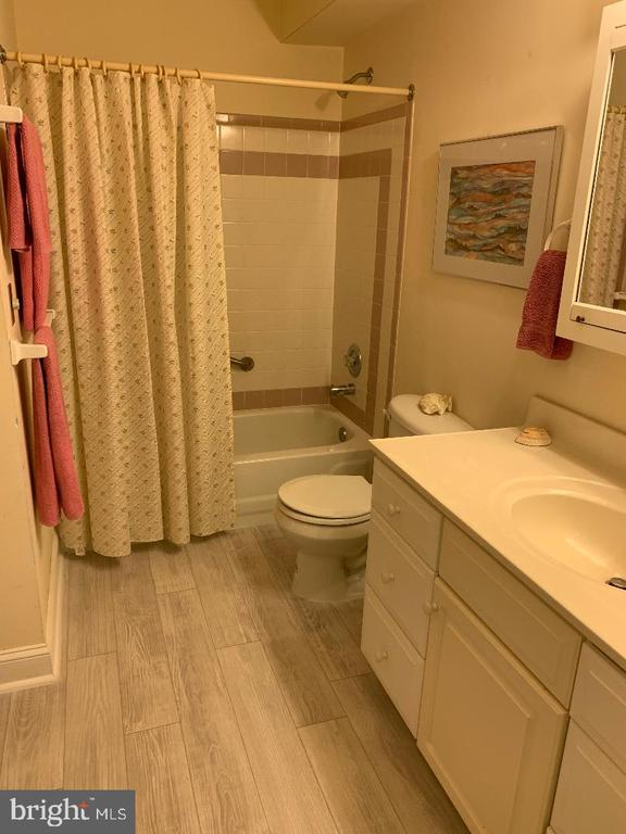 Basement - Full Bathroom! - 12210 GLADE DR, FREDERICKSBURG