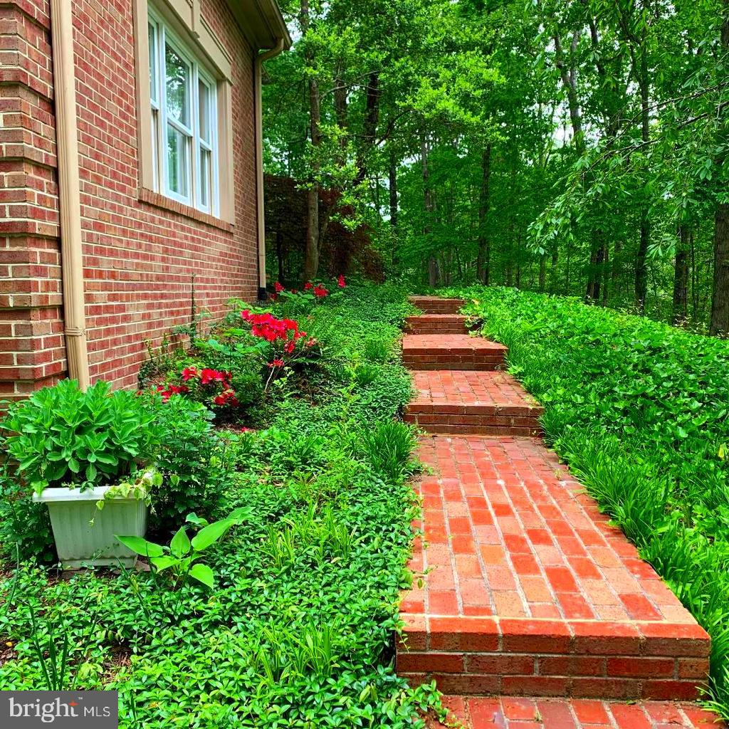 Brick Walkway to Front of Home! - 12210 GLADE DR, FREDERICKSBURG