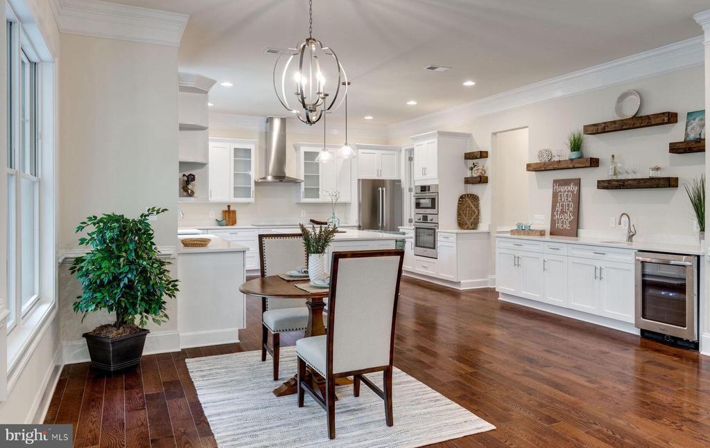 Beautiful Hardwood Floors and Lighting - 8506 SHADEWAY PL, SPRINGFIELD