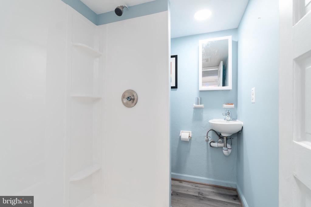 Full Lower Level Bathroom - 2829 29TH ST NW, WASHINGTON