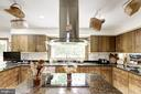 Kitchen with center island cooktop - 17007 BARN RIDGE DR, SILVER SPRING