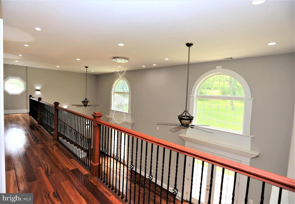 From Bedrooms to Hallway Balcony - 28500 RIDGE RD, MOUNT AIRY