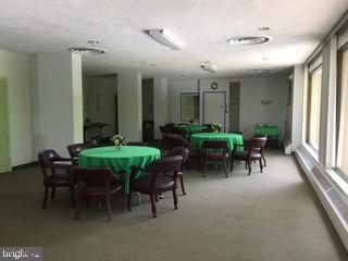 HP Party Room - 4141 N HENDERSON RD #715, ARLINGTON
