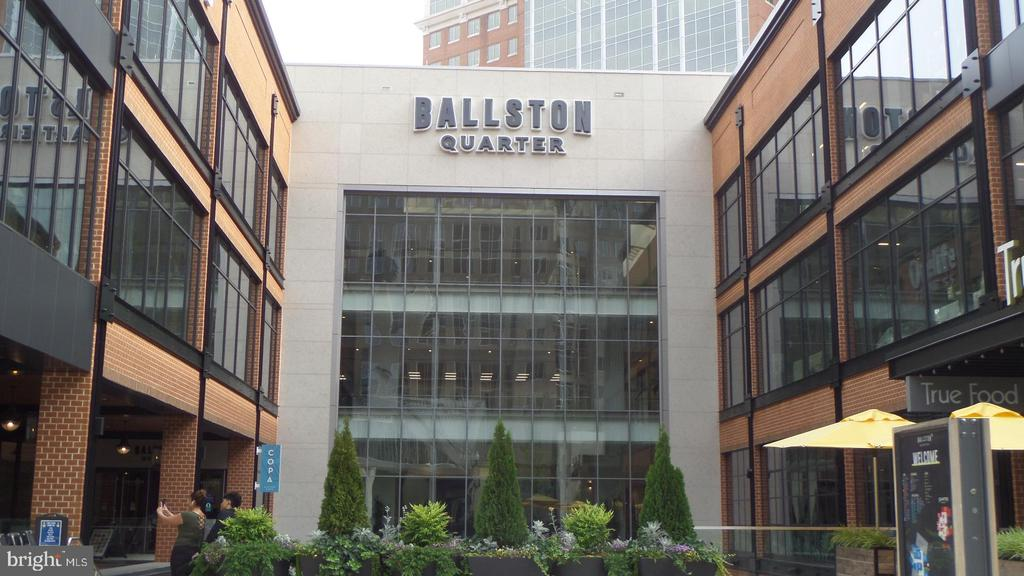 Ballston Quarter - 4141 N HENDERSON RD #715, ARLINGTON