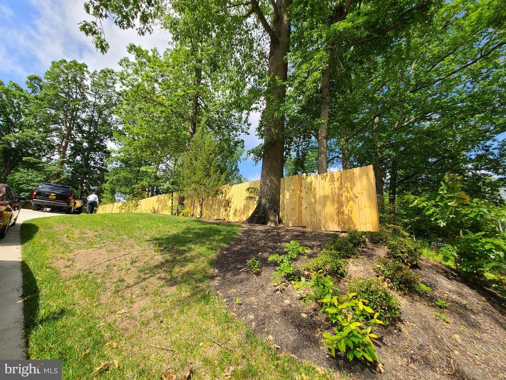 Fenced Back Yard - 10713 JONES ST, FAIRFAX
