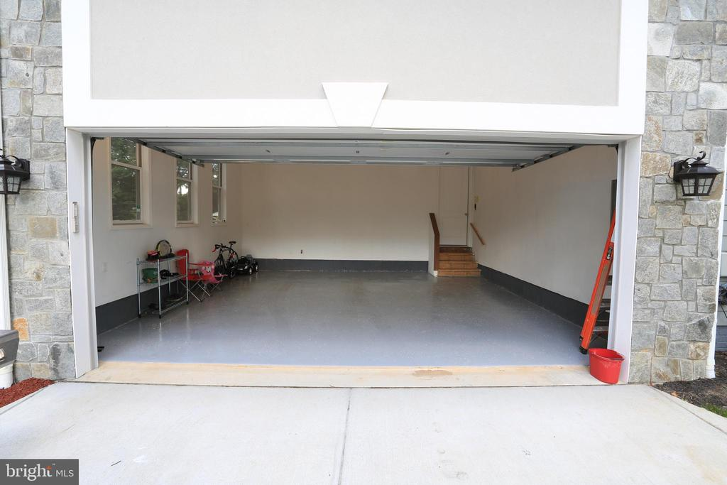 2 Car Garage - 10713 JONES ST, FAIRFAX
