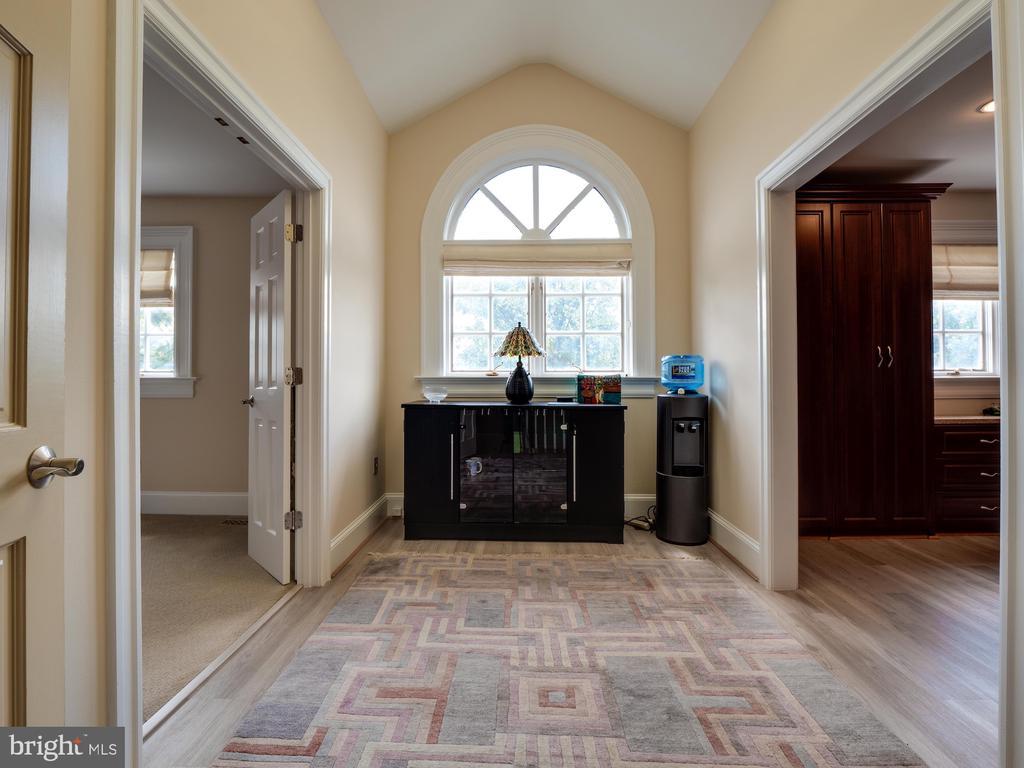 Third floor foyer / master bedroom suite - 112 5TH ST SE, WASHINGTON