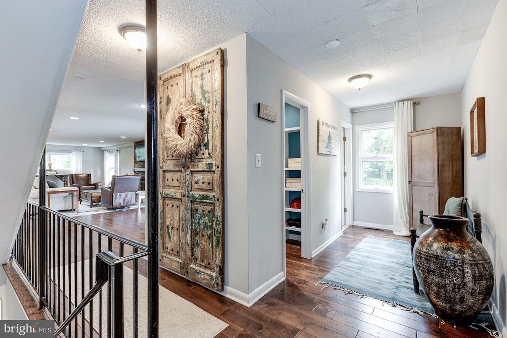 Renovated entry mudroom w/ family