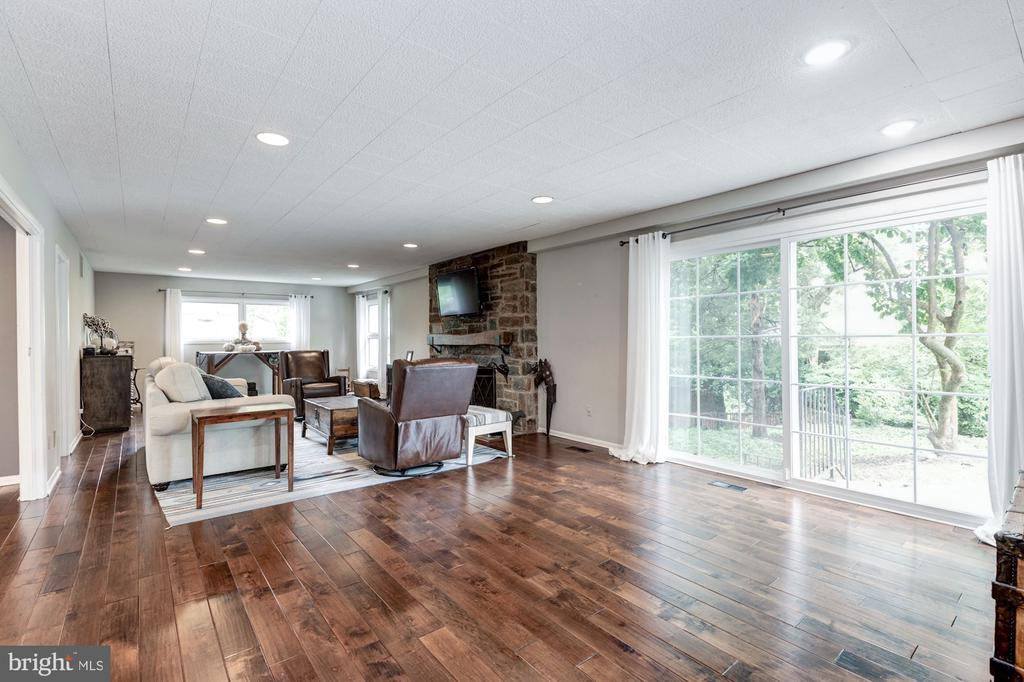 Family room with sliding glass doors to rear patio - 6244 COLUMBIA PIKE, FALLS CHURCH