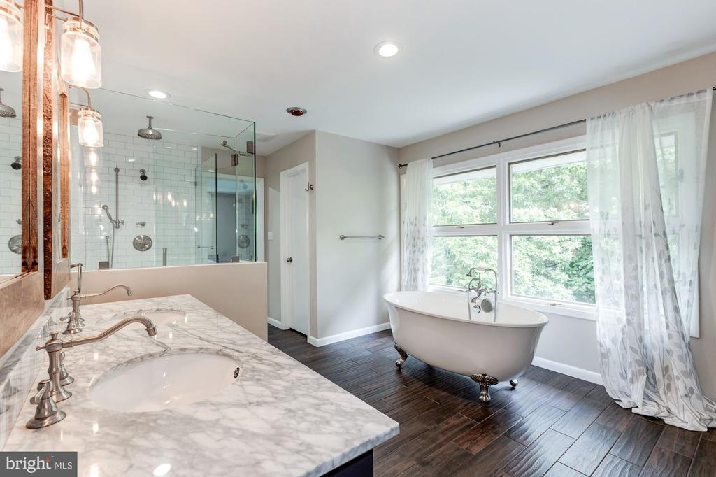 Beautiful master bath renovation in 2018 - 6244 COLUMBIA PIKE, FALLS CHURCH