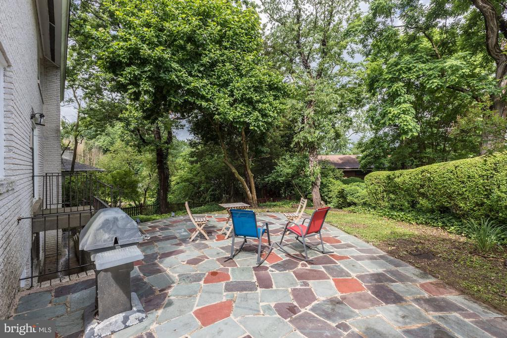 Rear stone patio with gas line for built in grill - 6244 COLUMBIA PIKE, FALLS CHURCH