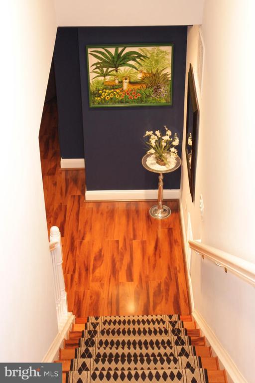 Stairway to Lower Level - 18503 PELICANS NEST WAY, LEESBURG