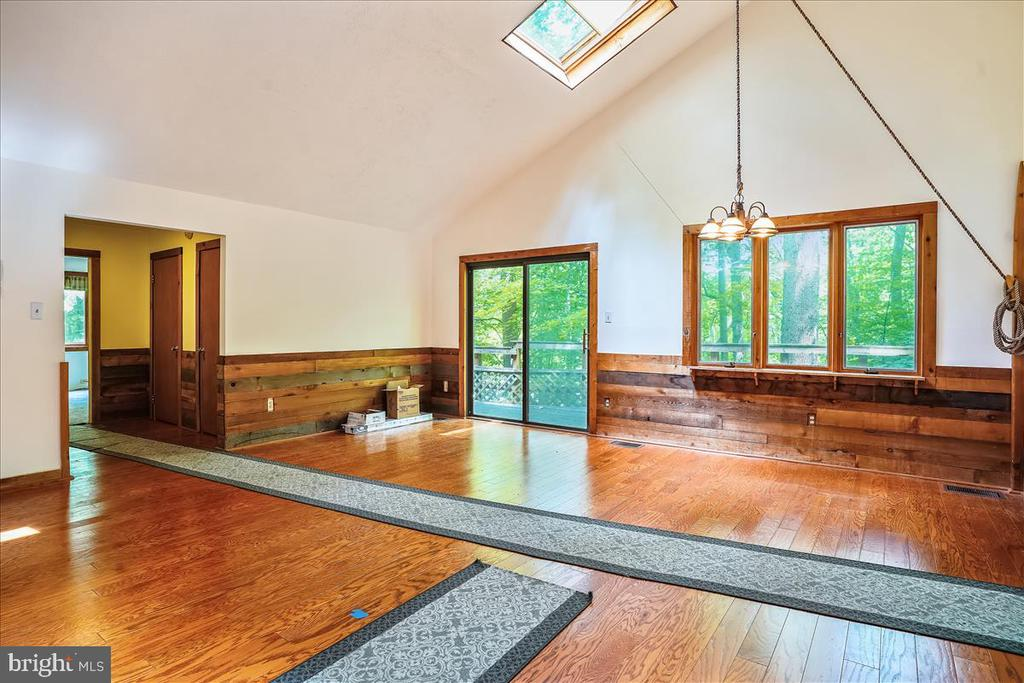 New hardwood floors. - 7447 CLIFTON RD, CLIFTON
