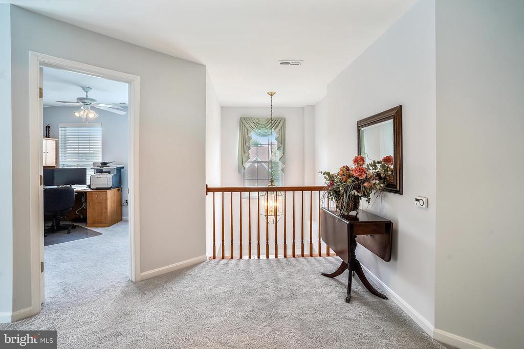 Upstairs - 6343 WILLOWFIELD WAY, SPRINGFIELD