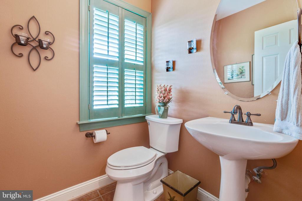 Powder Room (main level) - 43266 CANDICE DR, ASHBURN