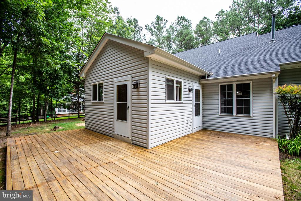 Rear Deck - 12640 BELLEFLOWER LN, FREDERICKSBURG