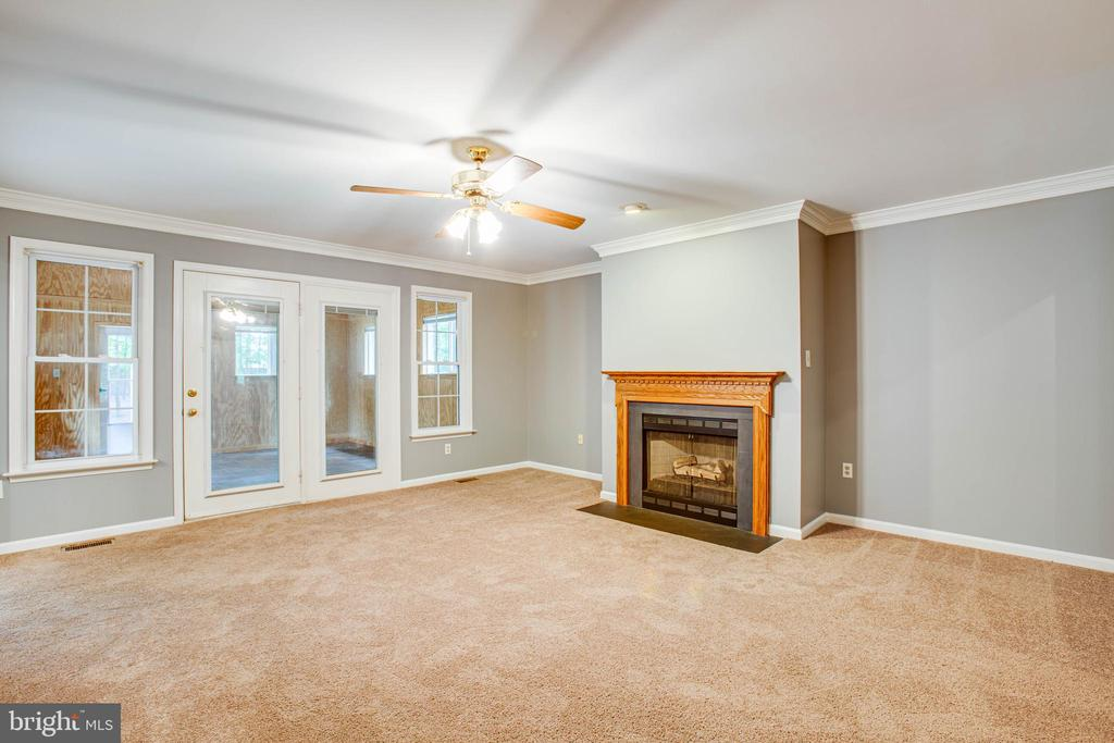 Living Room - 12640 BELLEFLOWER LN, FREDERICKSBURG