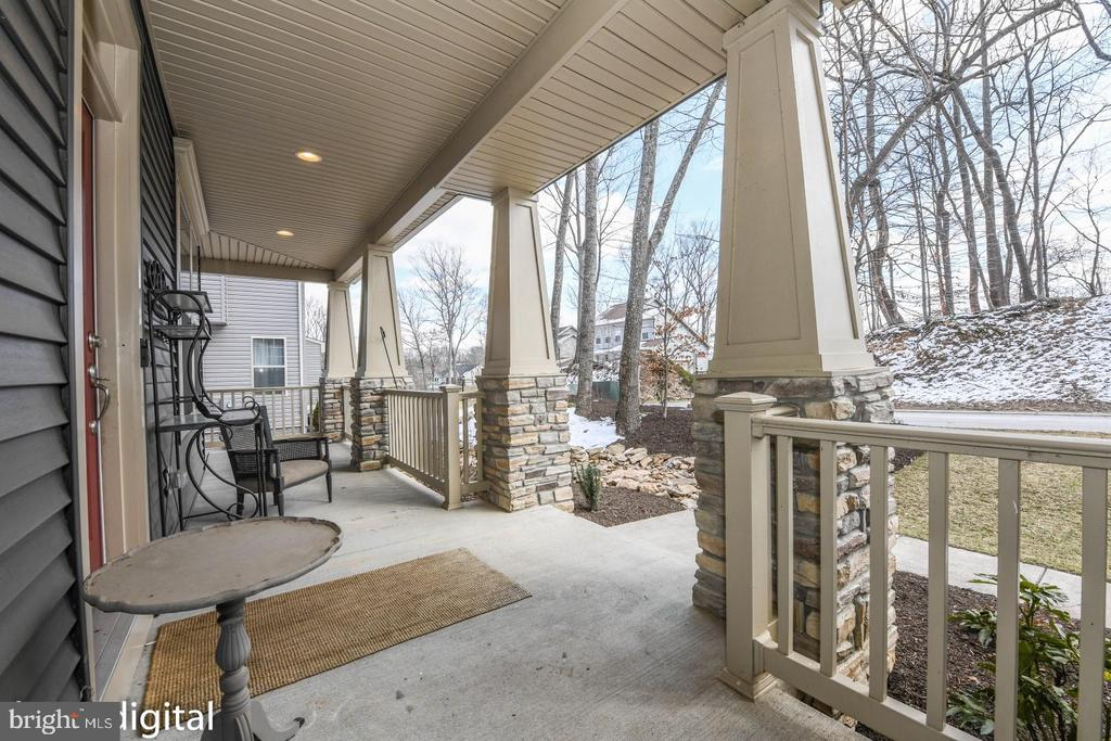 Covered front porch. - 9612 WOODLAND, NEW MARKET