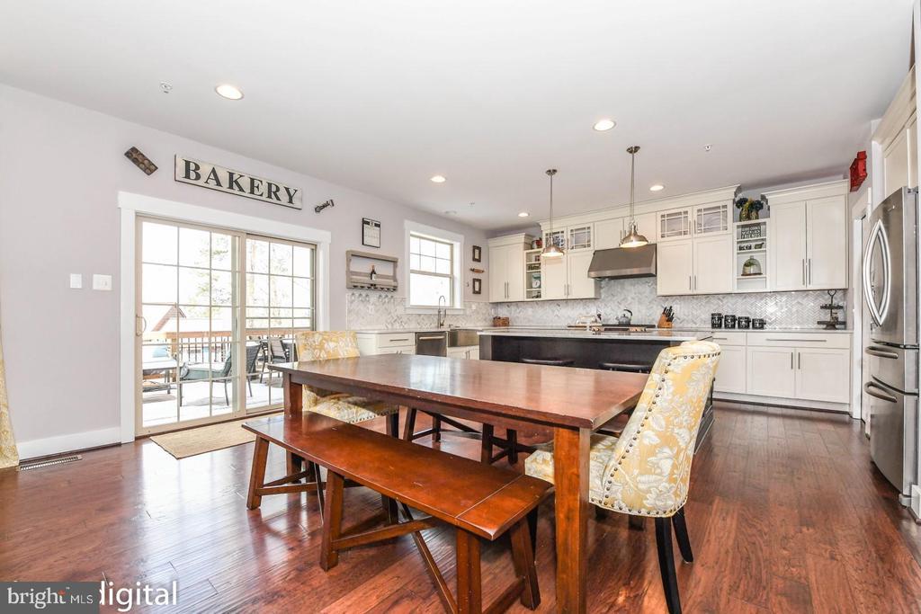 Very open & imagine the gorgeous Sunroom - 9612 WOODLAND, NEW MARKET