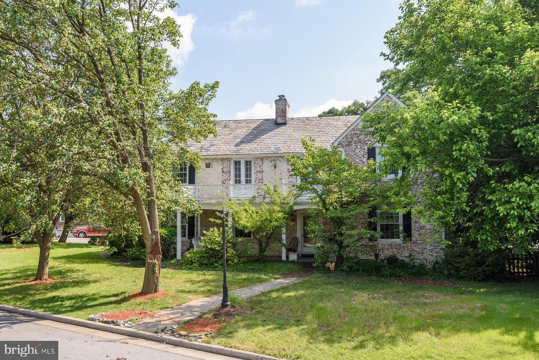 Single Family Homes 용 매매 에 Catonsville, 메릴랜드 21228 미국