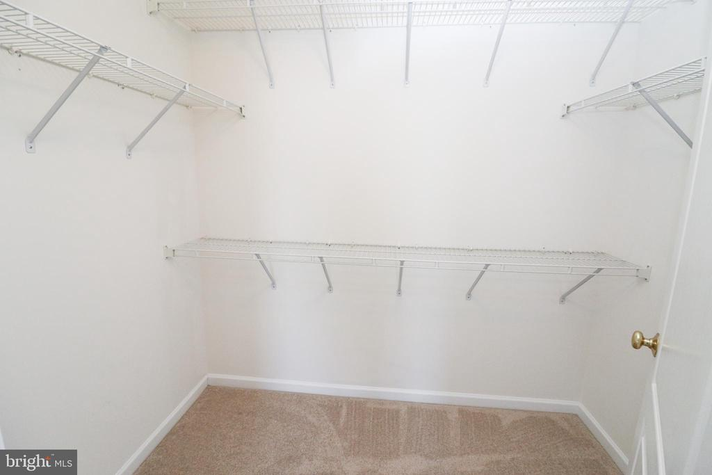 Master Bedroom walk in closet - 25236 WHIPPOORWILL TER, CHANTILLY