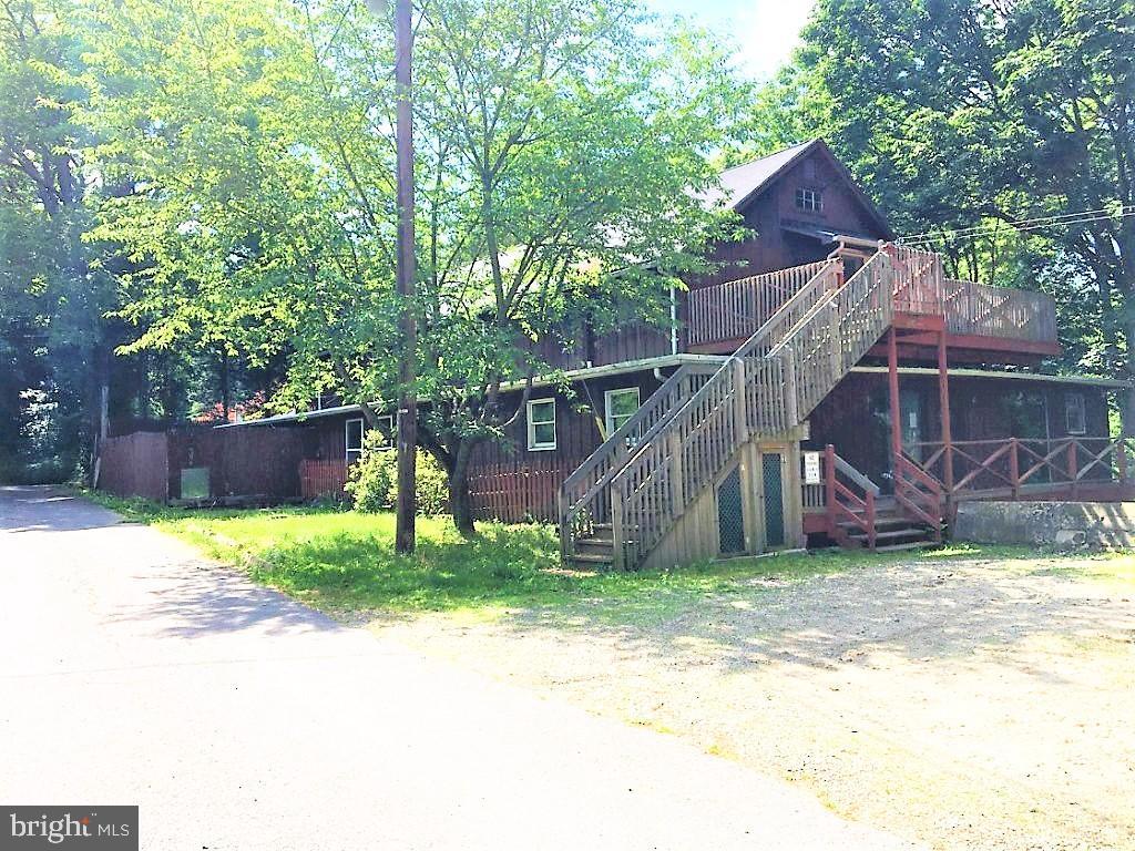 Quadraplex for Sale at Belvidere, New Jersey 07823 United States