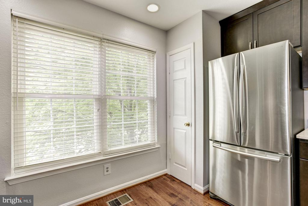 Kitchen - New Refrigerator (2017) - Recess Lights! - 12861 FAIR BRIAR LN, FAIRFAX